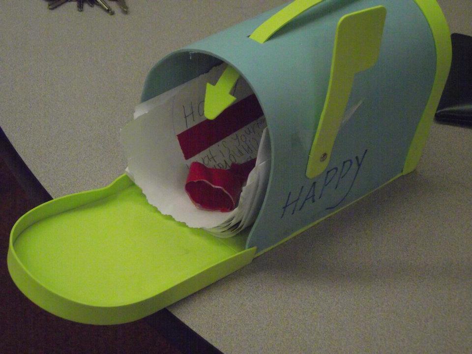 Happy's Mail Box